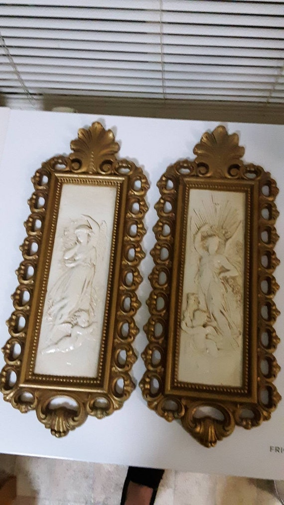 Vintage Homco 7410 Home Interiors Gifts Female Angel And Cherub Molded Resin Cream And Gold Set Of 2