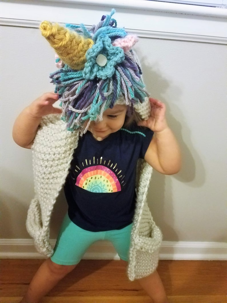 Unicorn Hooded Scarf with Mittens - Pattern Only - Rainbow Unicorn - Extra  Chunky Scarf Pattern - Unicorn Knitting Pattern