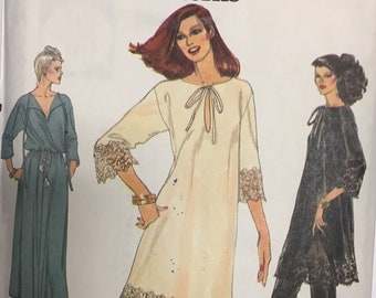 RARE Vintage Vogue pattern 7155, UNCUT