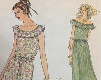 Very Easy Vogue Pattern 7078 Size D (Vogue Doubles)