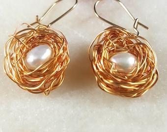 Pearl Nest Family earrings