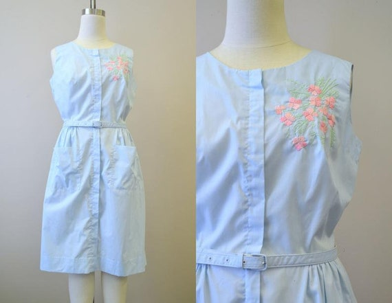 Vintage 1950s Blue Swirl Embroidered Day Dress