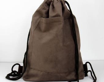 Backpack --> Brown