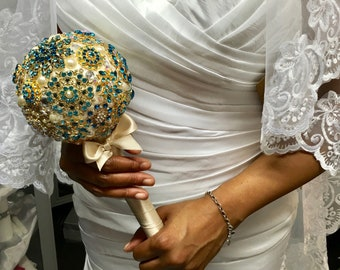 Small Jewelled Bridal Brooch Bouquet