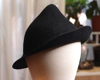 Black hat witch wizard dark halloween style