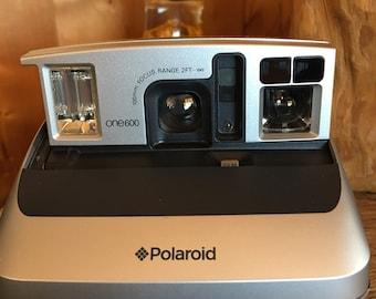 Polaroid One 600 Camera