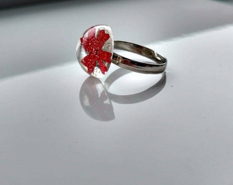 With dried flower resin ring / ring for women / fantasy/flower girl/jewelry/ring ring ring/jewelry/flower ring Red
