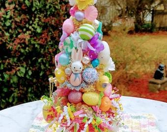 Vintage Avon Easter, Sunny Bunny vintage Avon, Easter bottle brush tree in Sunny Bunny taper holder, petite Easter decoration Made To Order