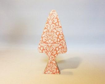 Little wooden tree (pink)