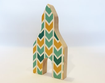 Little wooden church (turquoise & yellow)