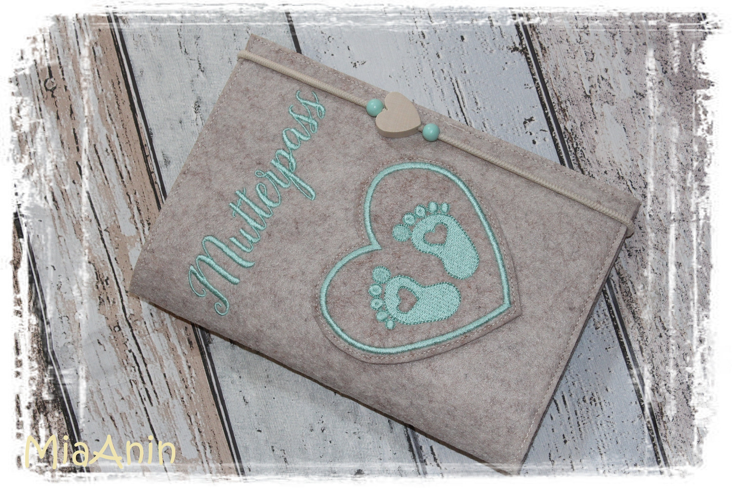 Instantly dispatched * Mother's passport * Mother's passport * heart * baby  feet * feet * mom * pregnant * mint * customizable *