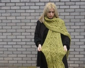 green wool blend scarf,hippy,vintage,bride,warm,knitted,handmade,gift,mum,aunt,holiday