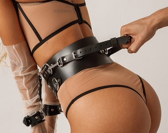 Belt with cuffs,Bdsm restraints,Bdsm and fetish,Fetish gear,Leather cuffs for women,Bondage belt,Bondage restraints,Mature