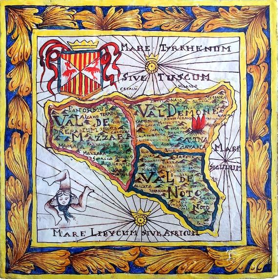 Cartina Sicilia Antica.Sicilia Antica Mappa Del Xvii Secolo Dipinta Su Ceramica Etsy