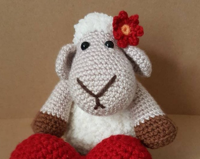 Sheep / cute toy / anniversary present / newborn / crochet / crocheted sheep / toddler toy / eco / gift for mom