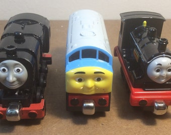 3 Metal Thomas and Friends Trains