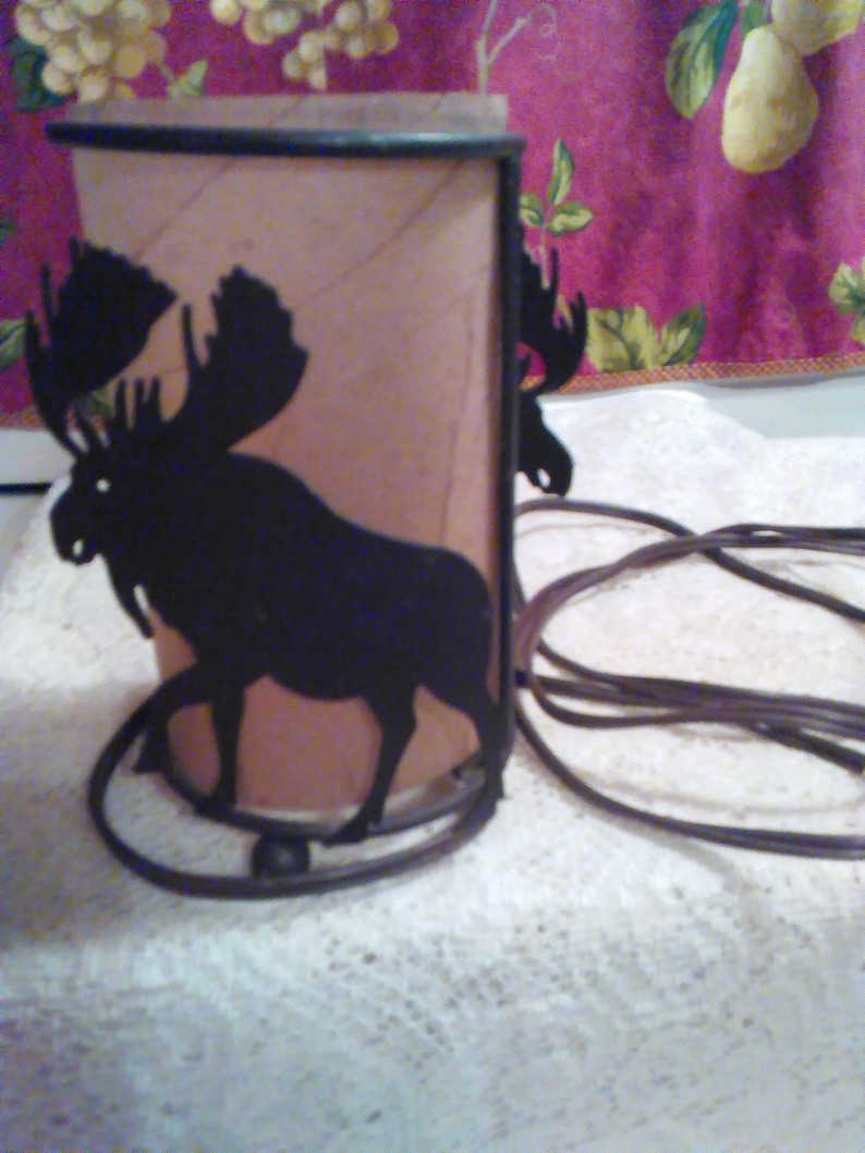 Metal Frame Small Moose Accent Lamp Vintage Moose is 3-D Tan Shade