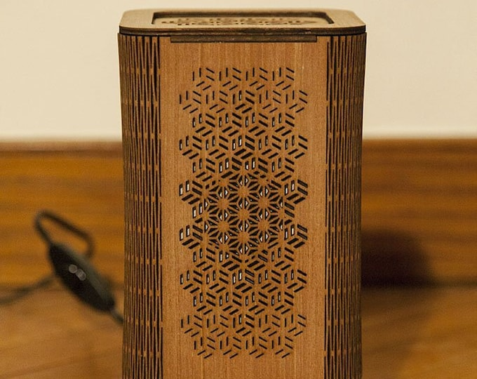 Japanese-style Japanese-style wooden lamp, Japanese geometric pattern handcrafted laser cut.