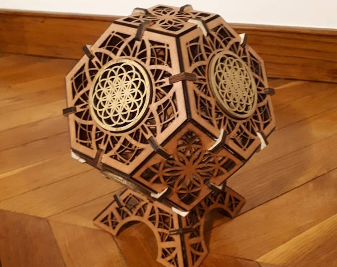 A wooden lamp, a flower of life to be laid - Platonic shape Octahedron - sacred geometry mandala - laser cut- handcrafted.