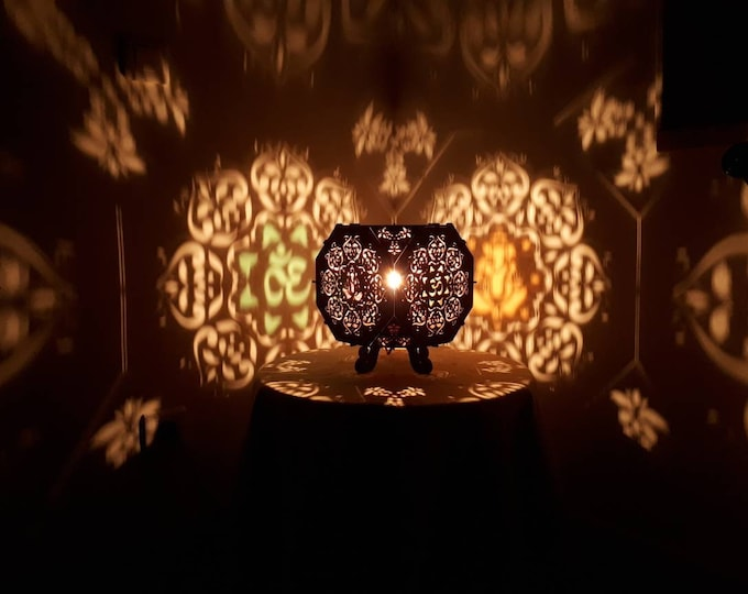 Wooden lamp to lay - truncated hexahedron shape - sacred geometry flower of life - ganesh and aum - projection of shadows. Craftsman-making