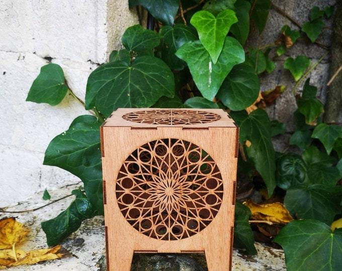 Wooden mandala table lamp - projection lamp - laser cut - handcrafted