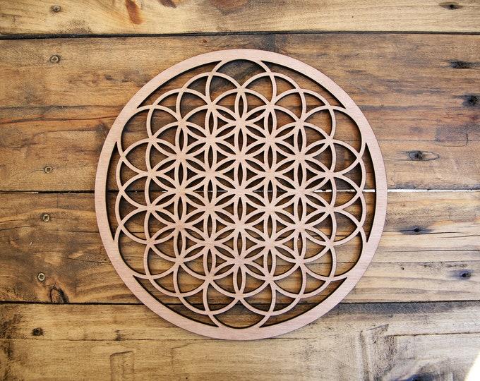 "Wooden life flower 25 cm (10"" inches) - Crital grid - Energy - Laser cutting - Craftsmanship"