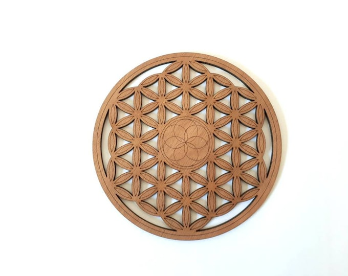 Wooden life flower, sacred geometry Zen relaxation handcrafted laser cut.