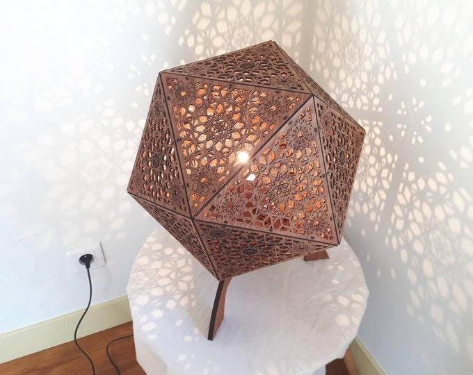 Lampshade or wooden pose, projection of shadows, shape Icosahedre. Sacred geometry with seed of life. Crafting.
