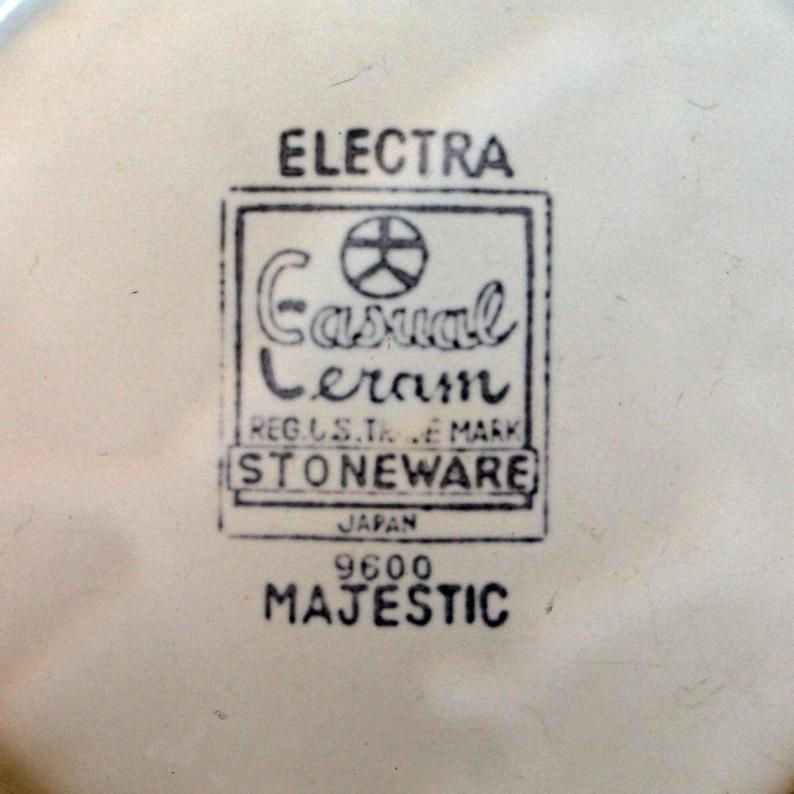 Vintage Casual Ceram Electra MAJESTIC Stoneware 7 Salad Plates Set of 4 White Gold Brown Floral Medallion Design Free Shipping
