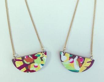 Wearable art pendants