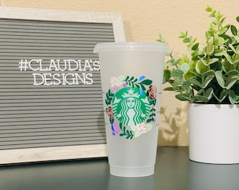 Floral Personalized Starbucks Cup, Personalized Gift, Customizable, Gift for mom, Floral Wreath Starbucks Cup, gift for her