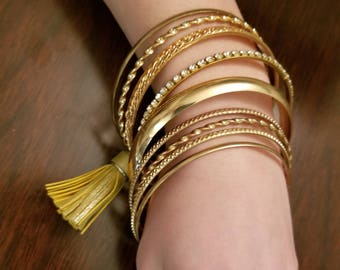 Gold Tassel Jewlery Set!