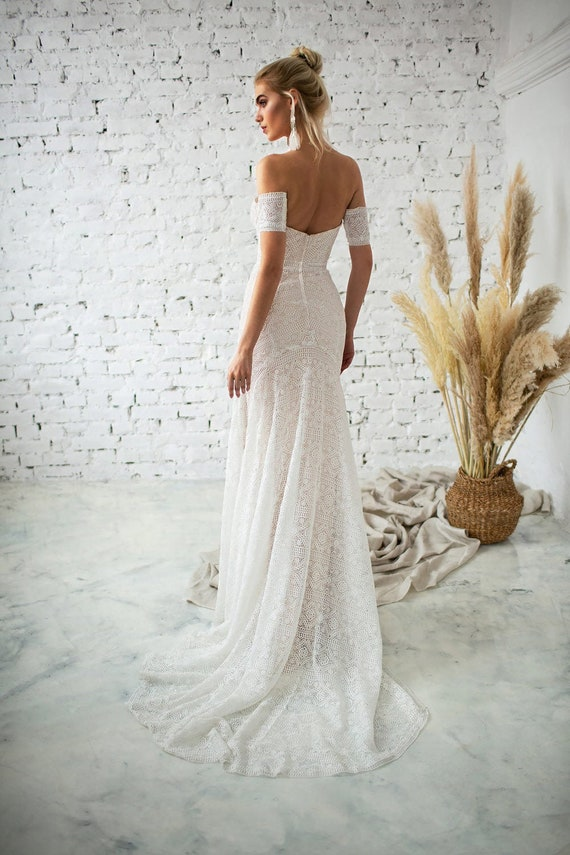 Medium Altered Vintage Lace Wedding Dress with No Lining