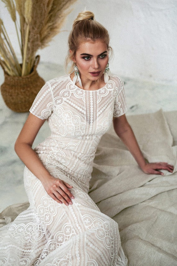 Short Sleeve Wedding Dress High Neck Wedding Dress Boho Wedding Dress Keyhole Back Wedding Dress Lace Wedding Gown