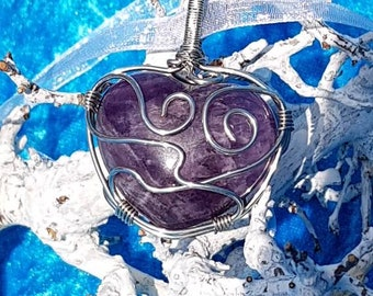 Necklace wire wrapped Heart of Amathyst