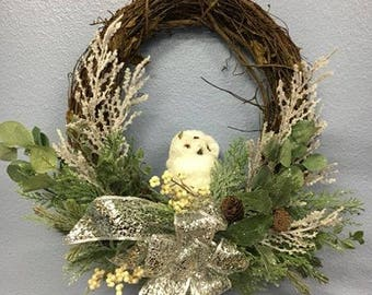 "18"" Winter Grapevine Owl Wreath"