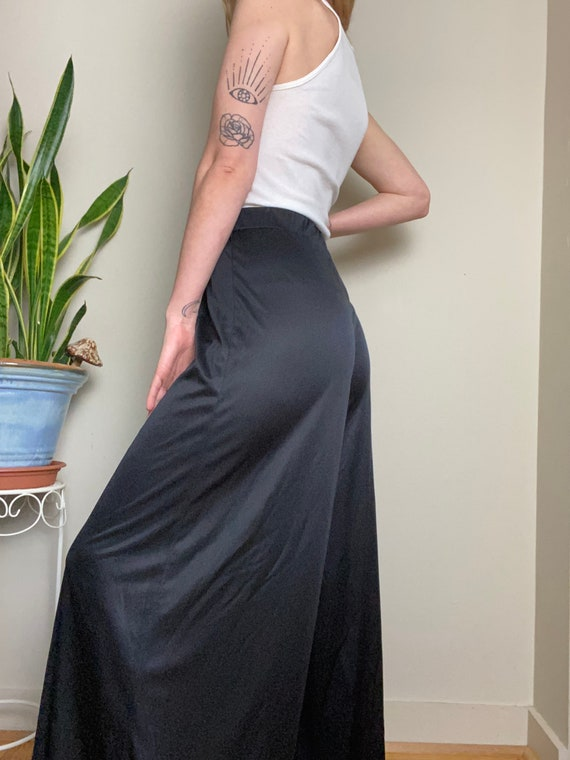 1970s Black Polyester Palazzo Pants Wide Leg Bell… - image 4