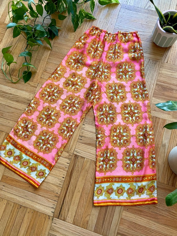 60s/70s Psychedelic Pink Palazzo Pants - image 8