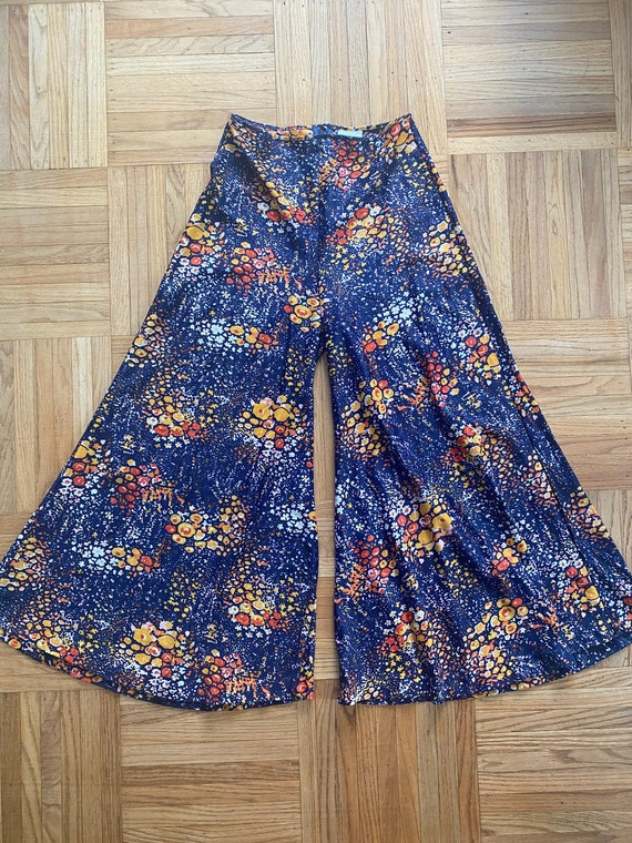 1970s Psychedelic Navy Blue Palazzo Pants - image 3