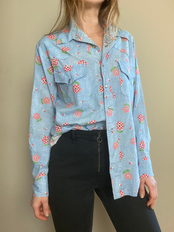 1970s Chambray Pearl Snap Button Up with Gingham … - image 3