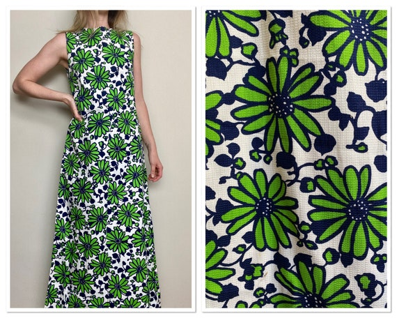 Vintage 1970s Green and Blue Daisy Print Maxi