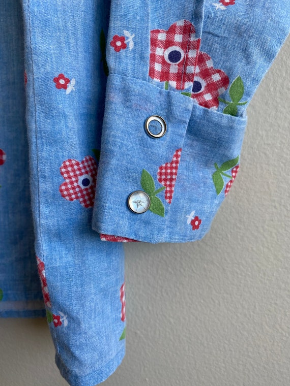 1970s Chambray Pearl Snap Button Up with Gingham … - image 10