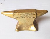 Vintage 39 Ye Old Marriage Anvil 39 GRETNA GREEN Brass Paperweight Scottish Handmade Souvenir Ornament