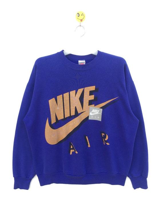 VINTAGE!!! NIKE Nike Air Swoosh Big Logo Spell Out Sweatshirt USA Nice design Vintage Tag.