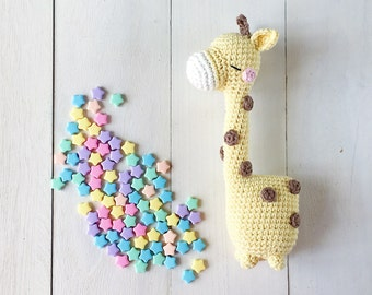 Shizuka the daydreamer giraffe crochet amigurumi pattern by amigurumei