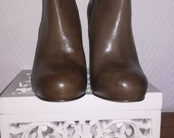 NEW ash boot size 38