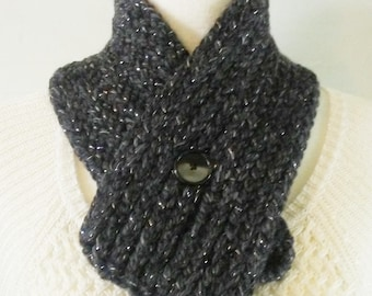 Dark Gray Cowl, Chunky Button Cowl, Chunky Neck Warmer, Winter Neckwarmer, Handmade Neckwarmer, Crochet Cowl, Crochet Neck Warmer, Gift