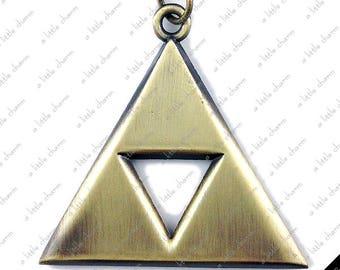 Legend of Zelda ~ Antique Bronze Triforce Pendant Key Chain