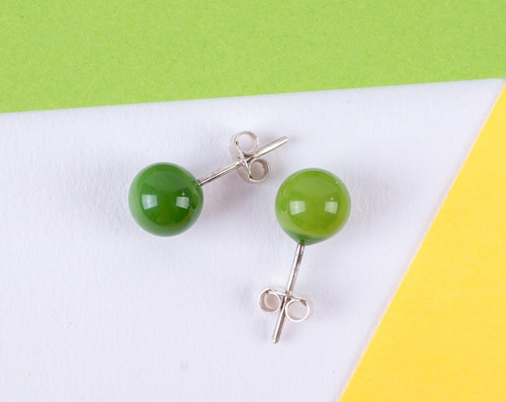 YoDAN Forest Green DOT studs