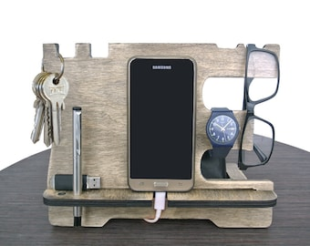 """Phone docking """"vintage"""",Docking station, Father's day gift, Gift for men, Personalized excellent gift, Wooden stand, Desk Organizer."""